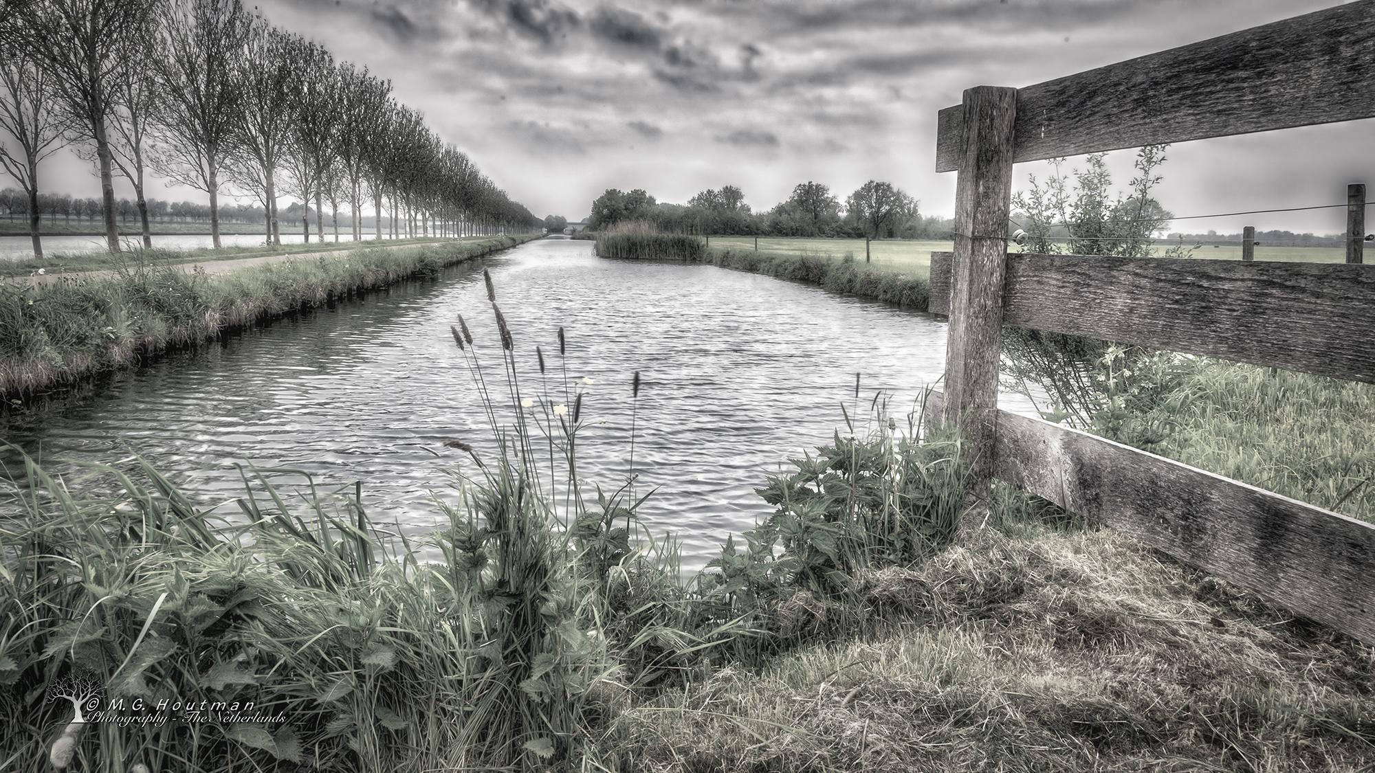 Langs het Amsterdam-Rijnkanaal