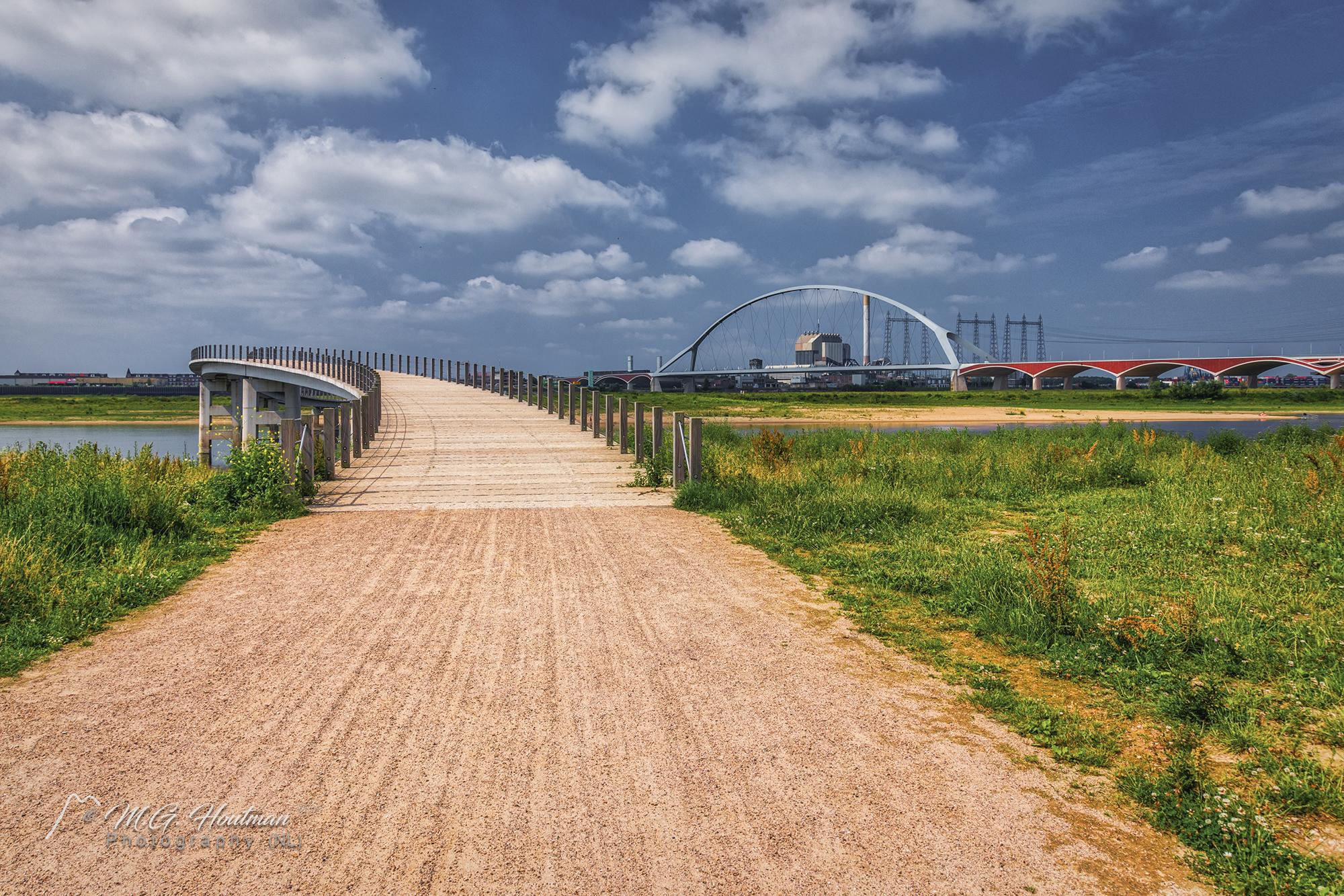 Zaligebrug en De Oversteek - Nijmegen (NL)