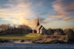een kerk uit 1885 in de gemeente Smøla.