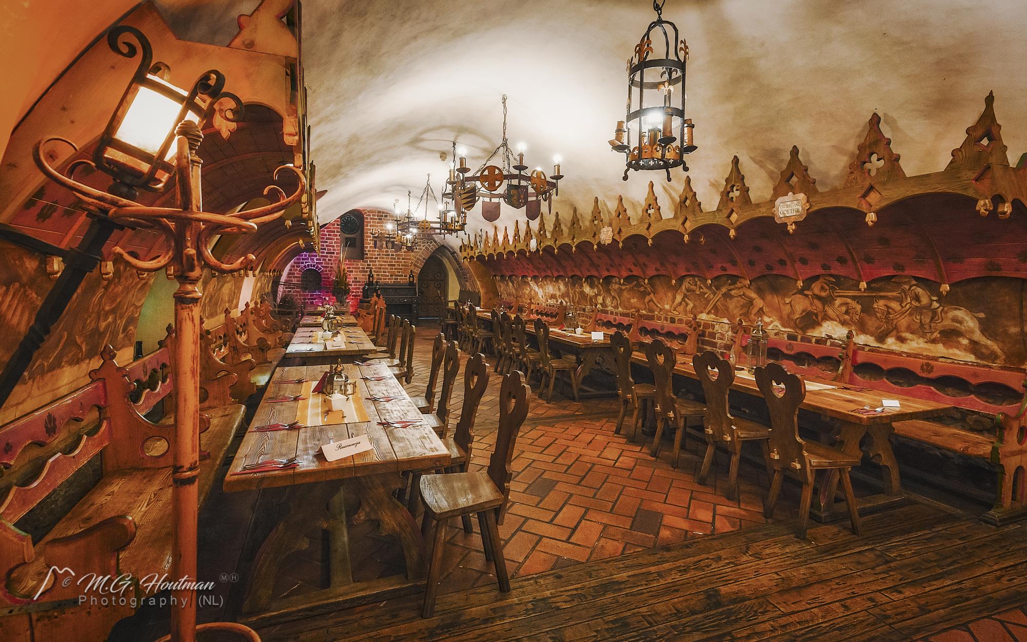 Restauracja Piwnica Świdnicka op Rynek Ratusz - Wroclaw
