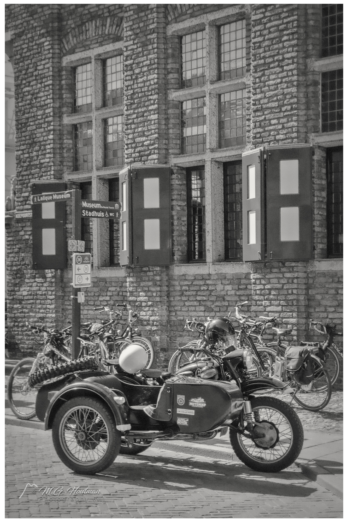 Old motorcycle with side car
